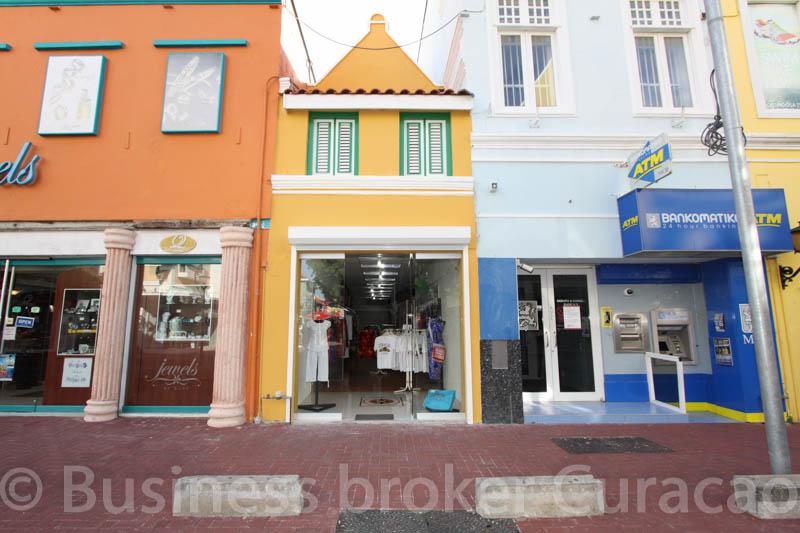 Retail space at Breedestraat 25