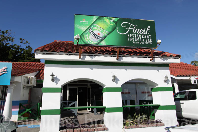 Bar / Restaurant location for rent Santa Rosa 147c