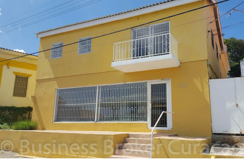 Beautiful property at prime location in Otrobanda for sale