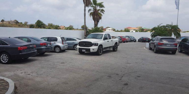 parkeerplaats vanaf werkplaats